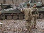 Муженко показал САУ «Акация» на передовой в Донбассе