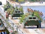 Подразделения инженерных войск переправили мотострелков через реку Дон