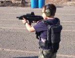 Восьмилетний стрелок, который не хуже взрослых управляется с оружием