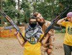Инструкторы «Азова» поднимают дух юных пением «Смерть русским»