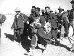 Британские атаки с футбольным мячом и 205 акров пленных итальянцев
