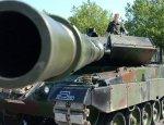Игра с огнём: Германия отправила вооруженные «Леопарды» к российским границам
