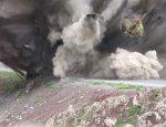 Уникальное видео подрыва турецкого броневика курдами попало в сеть