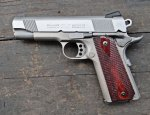 Пистолет Colt XSE Lightweight Commander