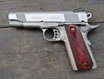 Пистолет Colt XSE Lightweight Commander