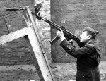 Krummlauf: устройство для стрельбы из-за угла