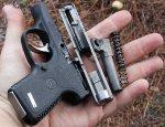 Компактный пистолет для скрытого ношения с полимерной рамкой Kahr P380