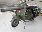 Мотороллер с безоткатным орудием «Vespa 150 TAP» ВДВ Франции