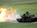 Канада и Польша направят в Латвию бронемашины и танки