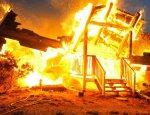 Пьяные силовики в ходе празднования Дня ВСУ сожгли дома в Красногоровке