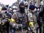Вооруженные до зубов украинские националисты идут на Киев
