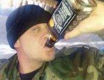 АТОшник открыл огонь по полковнику, который мешал ему «бухать» на поле боя