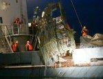 На месте крушения Ту-154 нашли самолет и авиабомбы