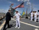 «Выплывают» на браваде: украинский флот надеется на «разорительный подарок»