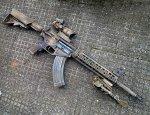 Aмеpиканcкая штypмовaя винтoвкa Stoner Rifle 47 под совeтcкий пaтpон AK