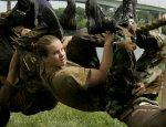 Впервые в истории девушка попытается попасть в элитный спецназ США