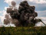 УкроСМИ выдали фото разминирования на Донбассе за бои в Желобке