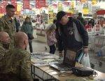 Пункты вербовки в ВСУ теперь и в супермаркетах Украины