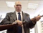 Подарок от «Калашникова»: два уникальных ружья для Николая Валуева