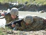 На Донбассе ВСУшники расстреляли офицера и сбежали из зоны АТО