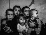 Посмотри в глаза Донбассу: фото детей войны заставили рыдать соцсети