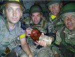 Киевские боевики в Сватово меняют боеприпасы на алкоголь и наркотики