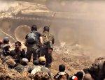 Армия Сирии громит повстанцев на севере Дамаска. Появились кадры операции