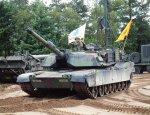 «Рапторы» и «Абрамсы» по дешёвке: почему США обделили Украину оружием?