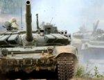 Российская армия получила партию танков Т-72Б3 с дополнительной защитой