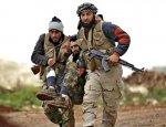 Боевики ИГ оставляют поле боя и бросают оружие в провинции Хомс