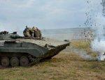 Украинские БМП передавили собственных солдат