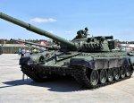 Украинцы высмеяли «показуху» Порошенко с советским танком Т-72