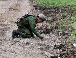 Саперы НМ ЛНР обезвредили две мины около места подрыва автомобиля ОБСЕ