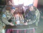 Порошенко закручивает гайки: солдат ВСУ будут штрафовать за пьянки