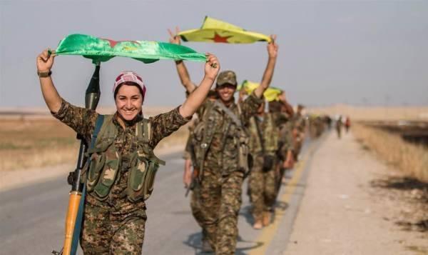 Курды сжимают восточный фланг окружения в Ракке