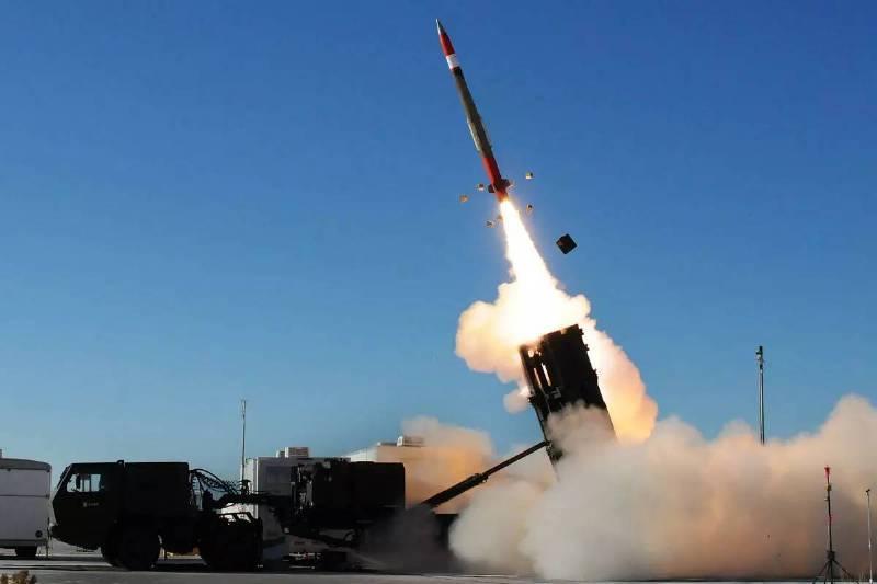 Высокоатмосферный ядерный взрыв: американские Patriot приведут к катастрофе