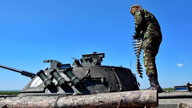 Хроника Донбасса: Украина отправила танки на Донбасс, Киев готовит зачистку