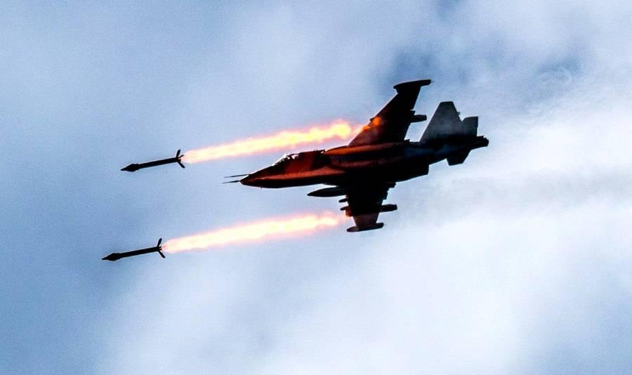 Боевики засняли эффектную работу российских Су-35 и Су-25 в сирийском небе