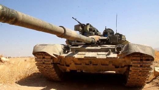 Единственный в Сирии Т-90К(21-8) почти год сражается с боевиками