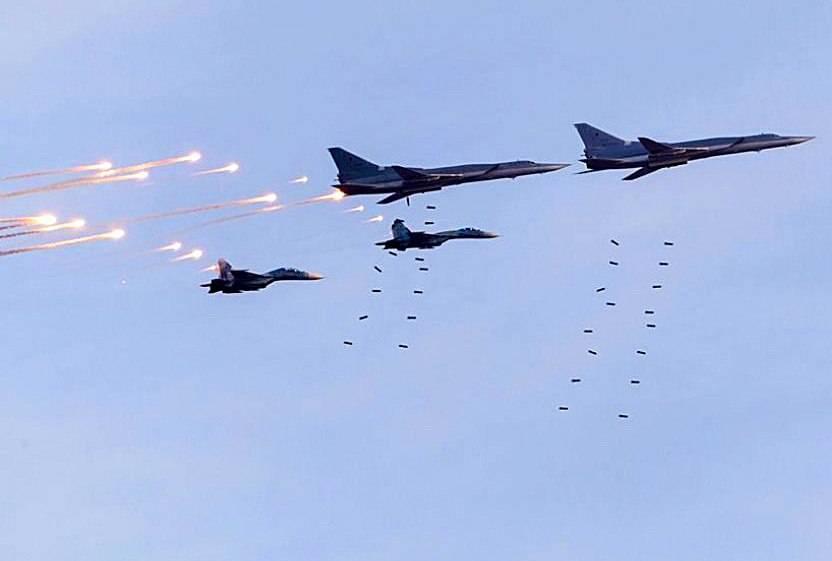 Шпилька в сторону США: ВКС РФ готовы ответить за каждый авиаудар в Сирии