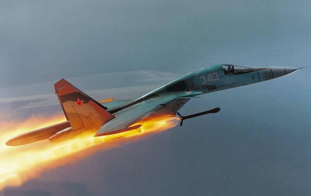 ВКС РФ громят ИГ в Хомсе и бои в Меядине: САА готовится форсировать Евфрат