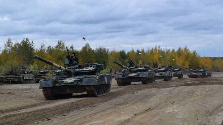 Хроника Донбасса: ВСУ тянут к фронту технику, готовится госпереворот