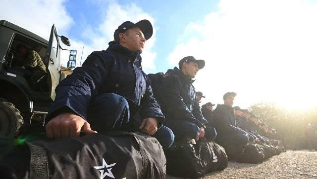 Стратегическая позиция: замминистра обороны проверил военных в Крыму