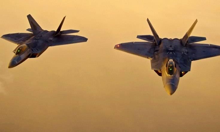 Признание ВВС США: F-22 не смогли отследить самолеты российских ВКС в Сирии
