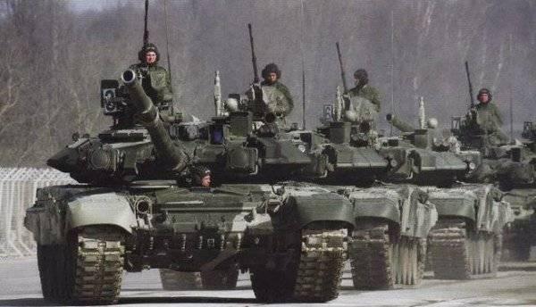 Зачем Порошенко русские танки в Луганске?