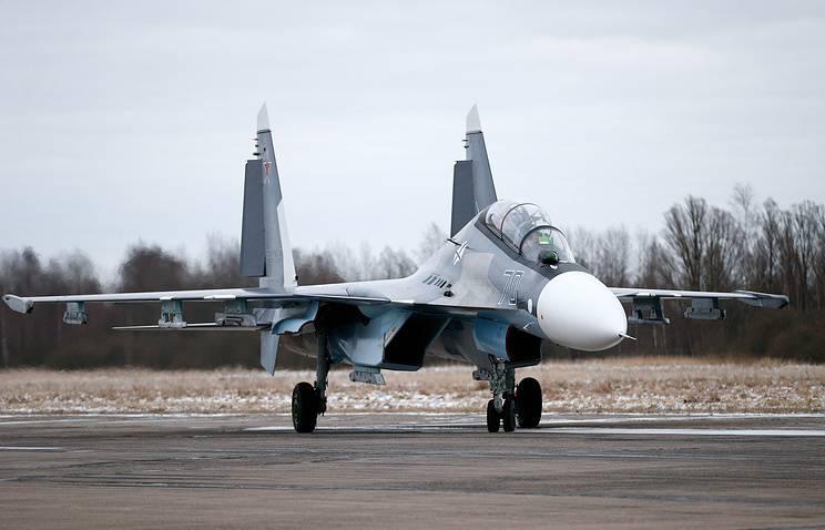 Боевую эскадрилью истребителей Су-30СМ сформируют на западе России в 2018 г