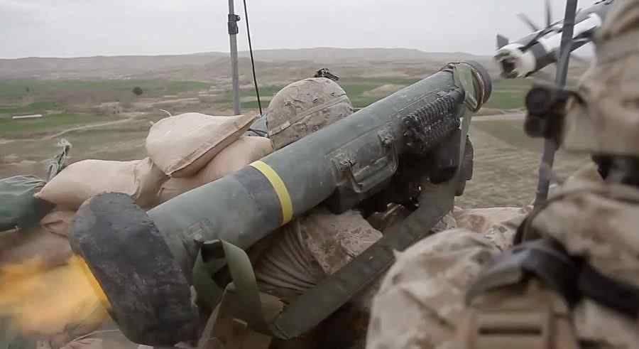 «Джавелины» не помогут ВСУ: американские ПТРК станут капканом для Украины