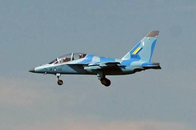 Вдали от Родины: Як-130 ВВС Мьянмы