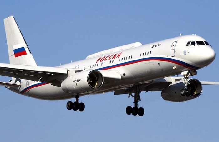 Секретный визит: Путин прибыл в Сирию на самолете-пункте управления Ту-214ПУ