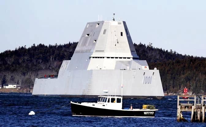 Финиш суперэсминца Zumwalt: ВМС США несут небоевые потери